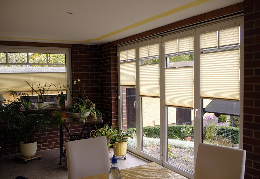 referenzbilder rollosystem plissees insektenschutz. Black Bedroom Furniture Sets. Home Design Ideas